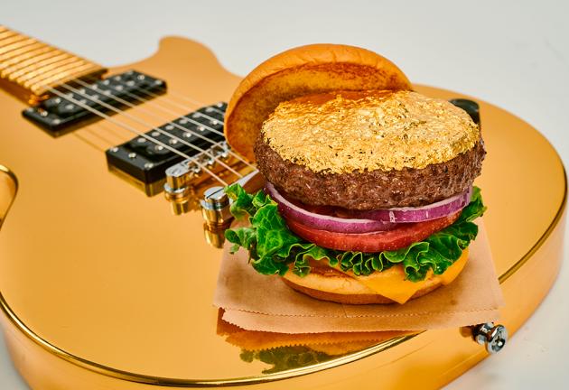 La fiesta 'Burger & Beats' estrena el nuevo menú de Hard Rock Cafe