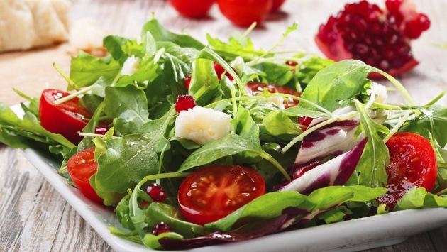 Propiedades y beneficios de diferentes tipos de ensaladas gastronosfera - Diferentes ensaladas de lechuga ...