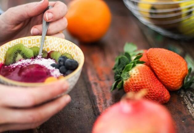 Fruta, la forma más sana de contrarrestar el empacho navideño