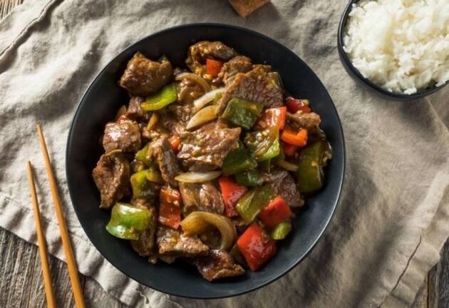 Platos al wok originales y deliciosos para preparar en un instante