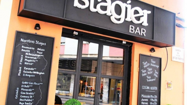 Stagier Bar