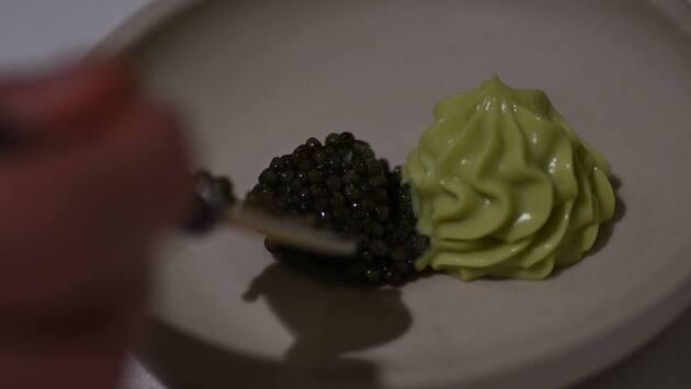 Aguacate, nata y caviar