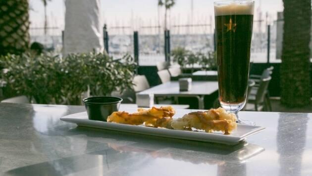 Maridaje de calçots y cerveza negra en Barnabier