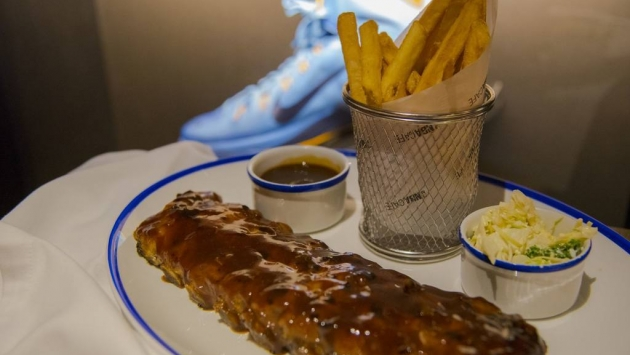 NBA Café. Ribbs