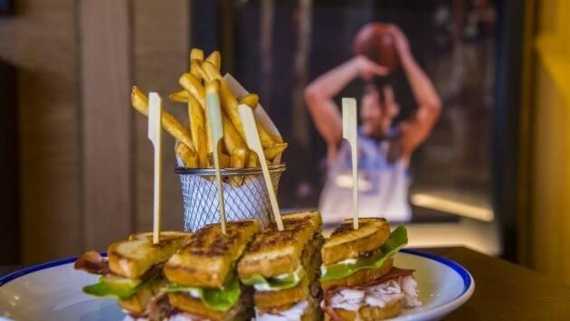 NBA Café. Club Sandwich