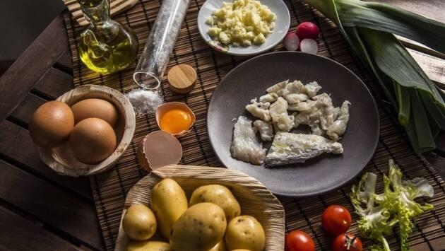 Ingredientes receta de coulant de patata, huevo y bacalao