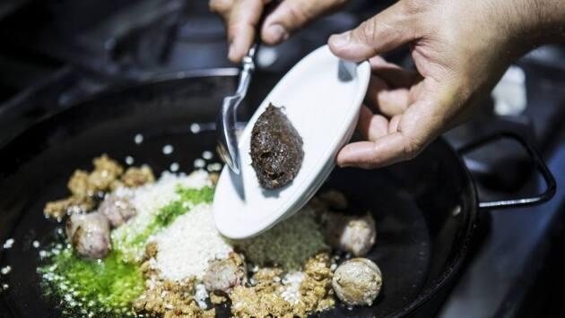 Arroz con butifarra de Calaf y espárragos trigueros