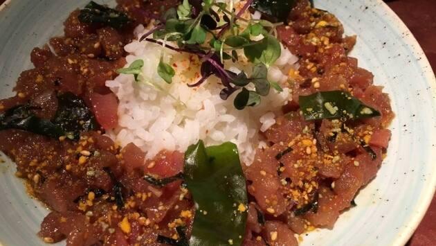 Kape de atún y arroz