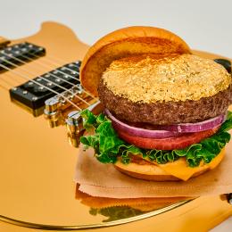 La fiesta 'Burgers & Beats' estrena el nuevo menú de Hard Rock Café
