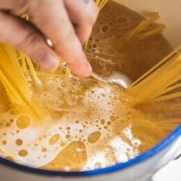 Senzills trucs de cuina per facilitar la teva vida