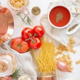 10 salses imprescindibles per cuinar la pasta com a Itàlia