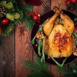 Aves en la cocina de Navidad
