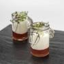 Yogur de bacalao con mermelada de tomates rojos