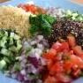Tabulé de quinoa, restarantes Ibiza, Aiyanna Ibiza, cebolla, pepino, quinoa negra, receta, ensalada, tomate