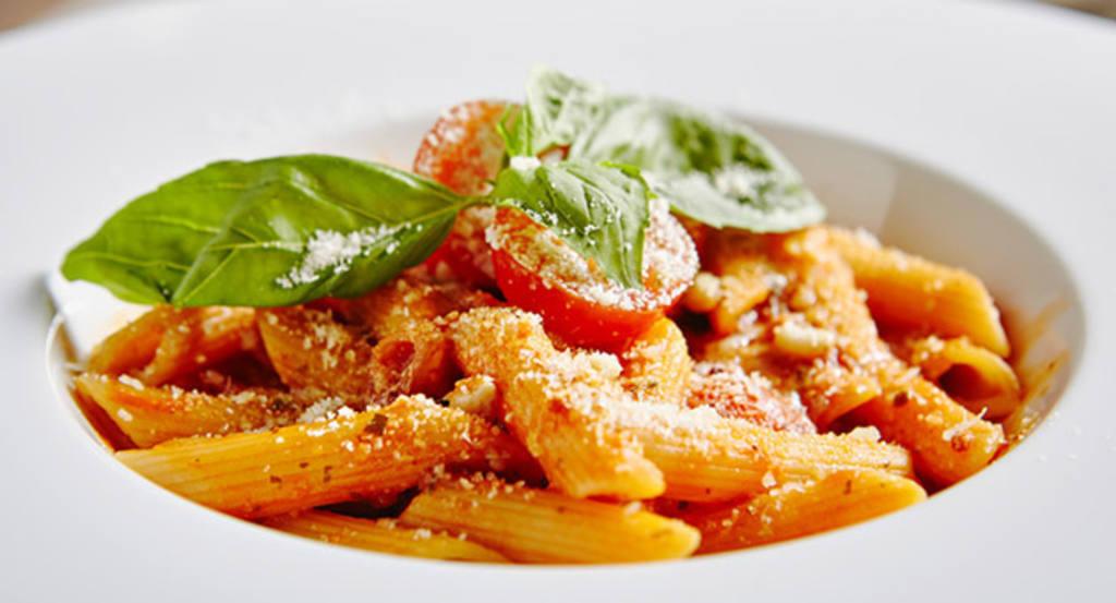 10 salsas imprescindibles para cocinar la pasta como en Italia ...